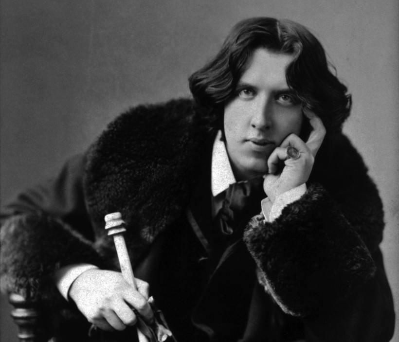 Divine Oscar Wilde