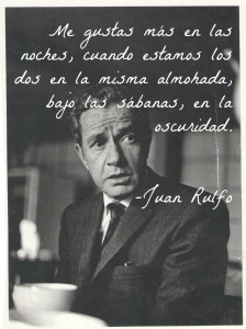 Juan Rulfo elegante con tazas grandes